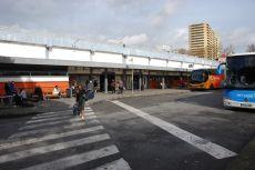 seterios_busparkplatz_aussen02
