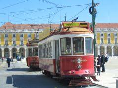 tram_rot_zwei