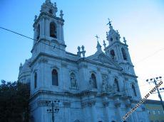 Basílica de Estrela und Estrela-Park sind mit der Straßenbahnlinie 28 zu erreichen